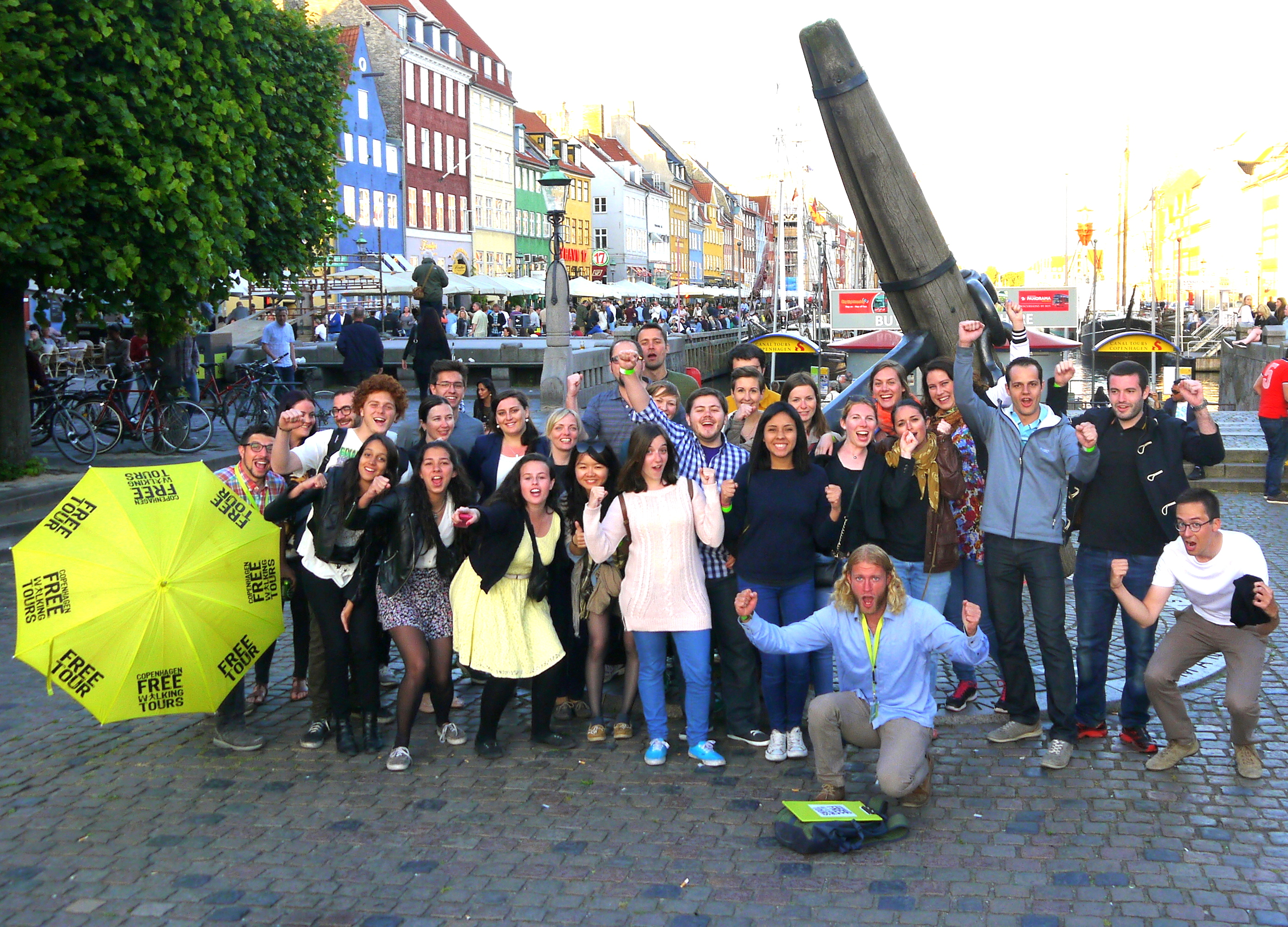Pub Crawl Starting Point - Memorial Anchor Nyhavn
